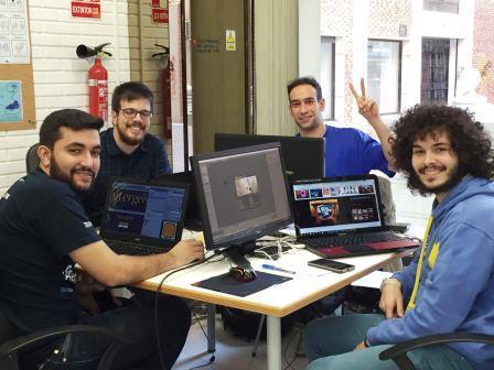 equipo de desarrollo de videojuegos